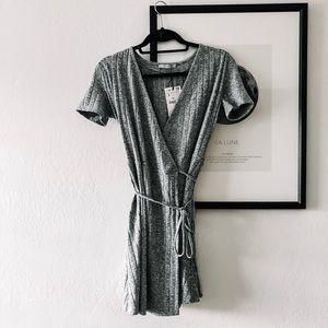 Dresses & Skirts - Zara Ribbed Wrap Dress